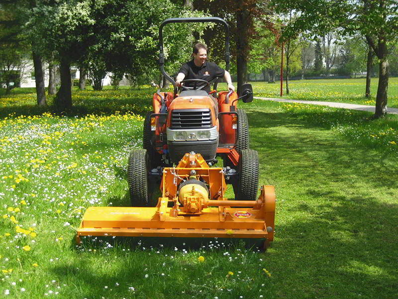 sme-flail-mower-for-the-care-of-municipal-areas